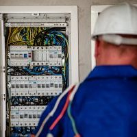 electrician-2755682_1920